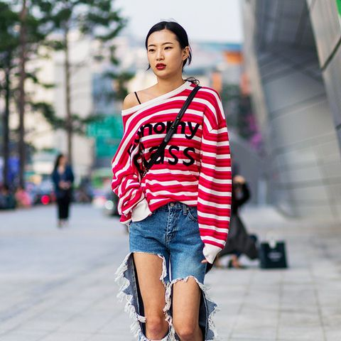 Denim Outfit Ideas for the Girl Who Lives in Blue Jeans