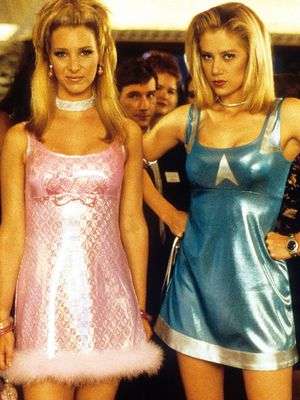 Romy and Michele's Wardrobes Couldn't Be More 2017