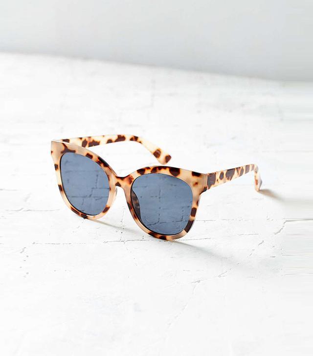 Urban Outfitters Carmen Oversized Cat-Eye Sunglasses