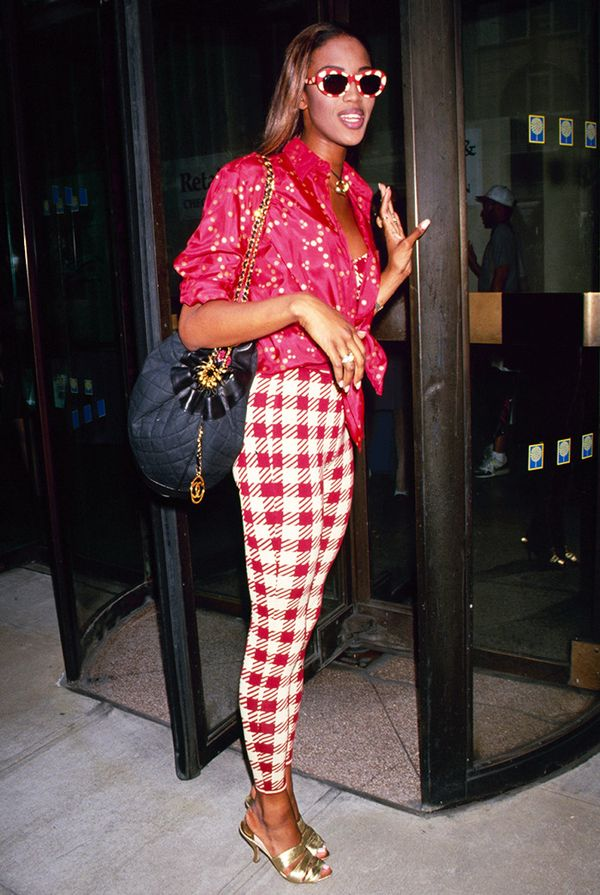 Naomi Campbell street style in the '90s
