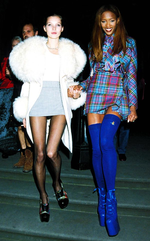 Kate Moss and Naomi Campbell street style in the '90s