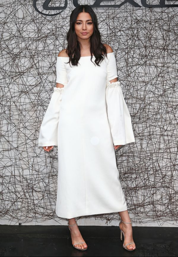 Jessica Gomes wears a white Ellery dress at Derby Day 2015.