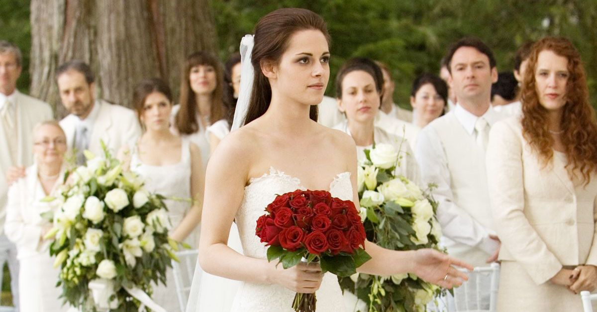 This Is How Much Bella Swan\'s Engagement Ring Is Worth | WhoWhatWear