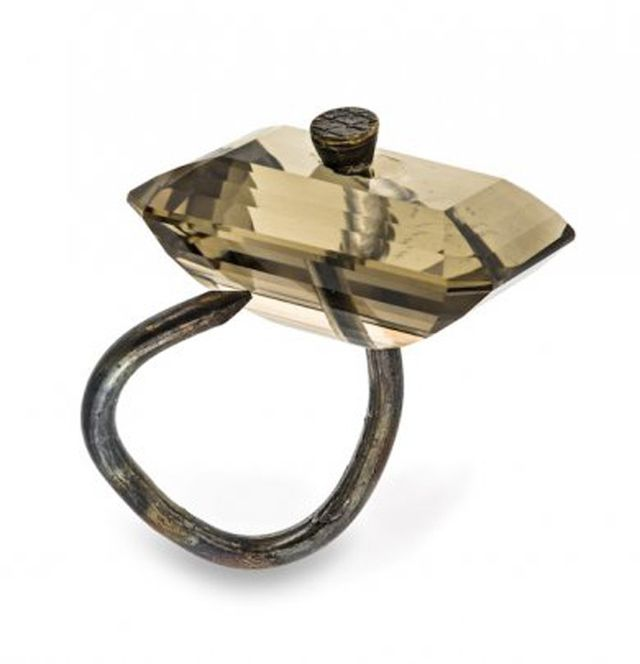 Beyond Bling: Jewelry From the Lois Boardman Collection