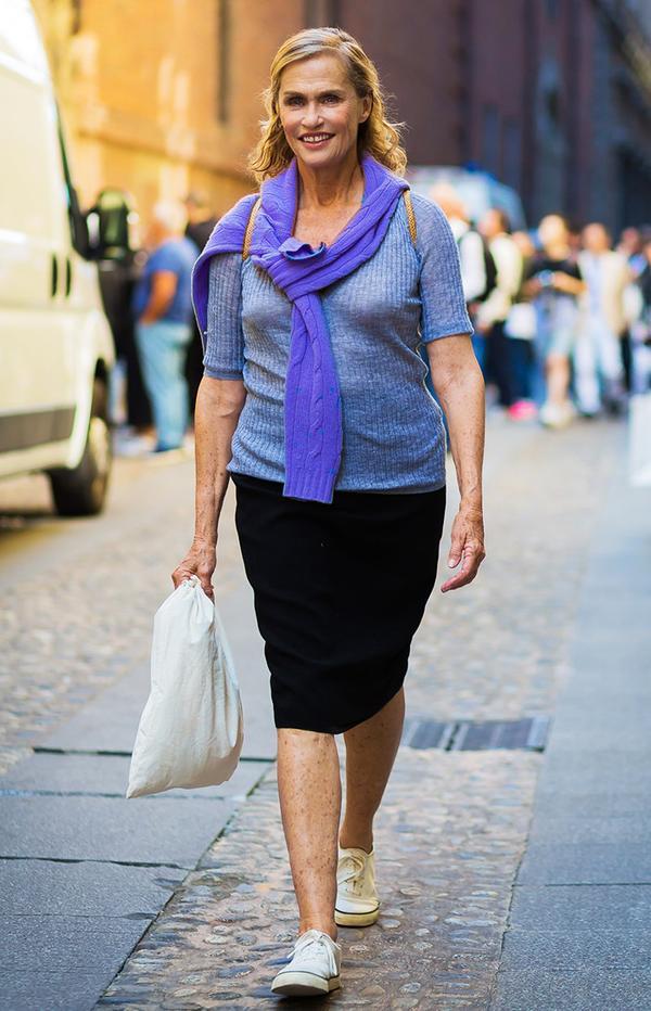 timeless-pencil-skirt-outfits-lauren-hutton