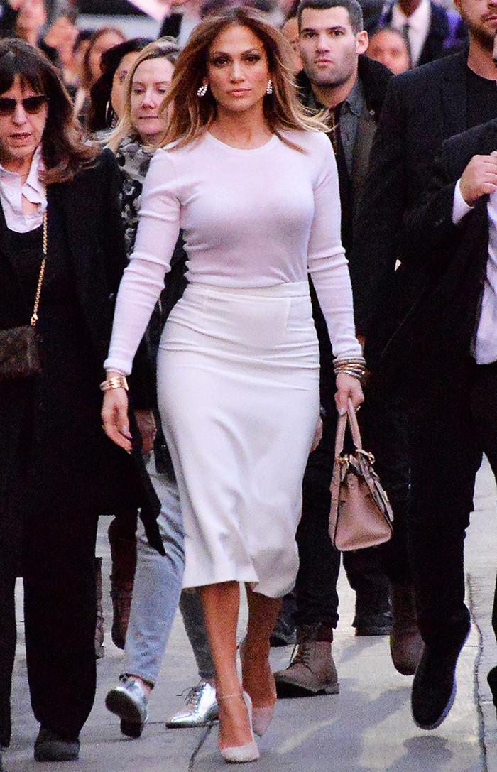timeless pencil skirt outfits: Jennifer Lopez