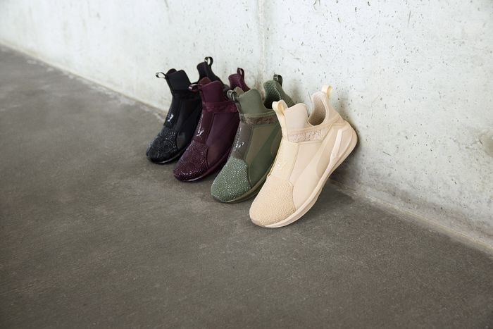 Gobernar tema conectar  Kylie Jenner Just Debuted the New Puma Sneakers You'll Be Coveting | Who  What Wear
