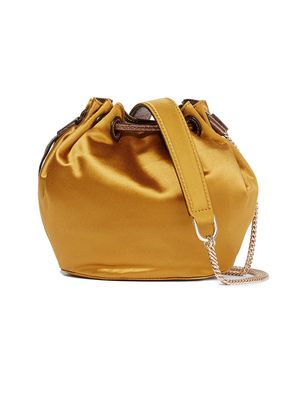 Must-Have: Little Satin Bag