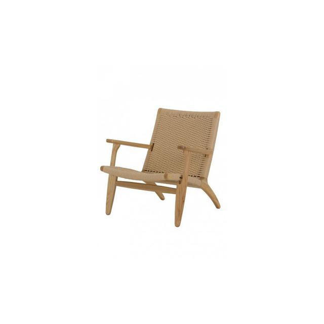Replica Furniture Replica Easy Chair by Hans Wegner