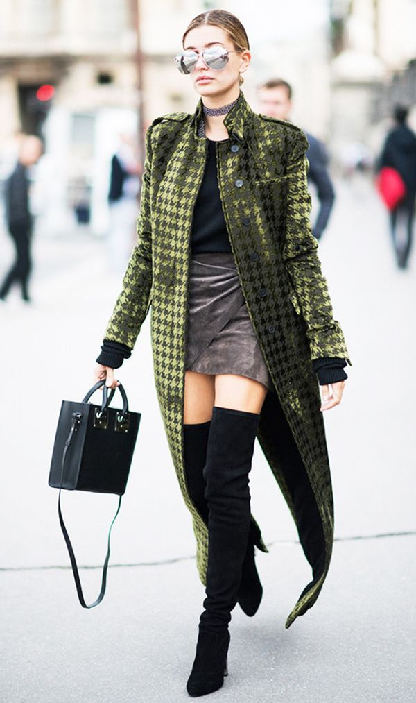 cool-winter-coats-hailey-baldwin