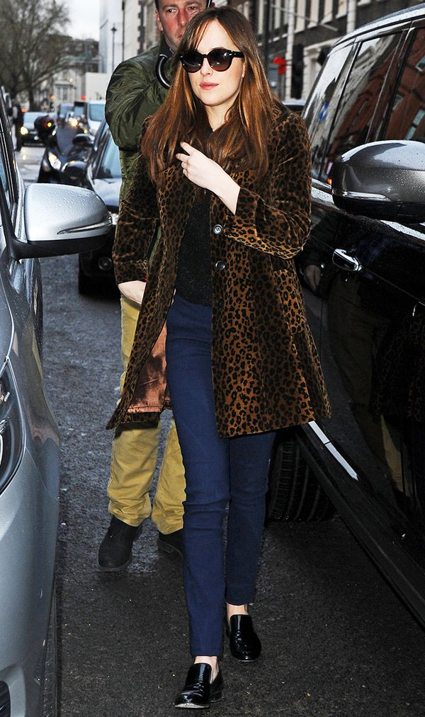 cool-winter-coats-dakota-johnson