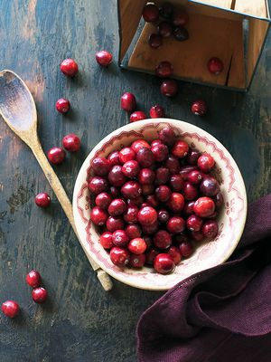 The Benefits of Cranberries: The Seasonal Superfood Your Diet Needs