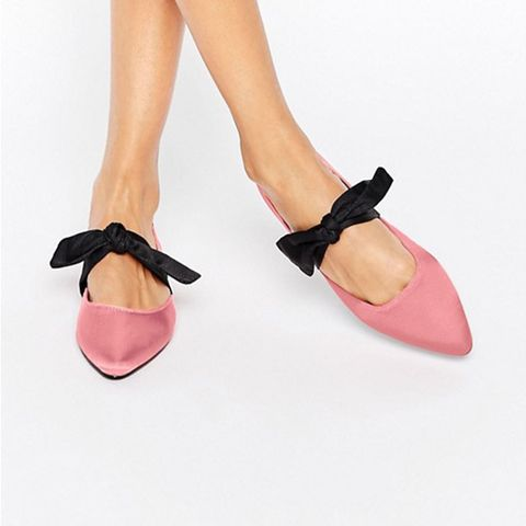 Loveable Pointed Bow Ballet Flats