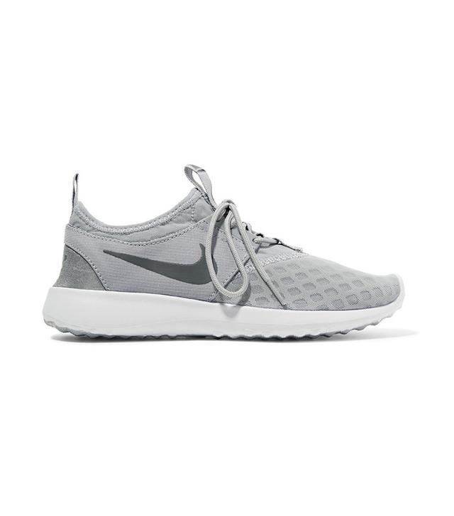 Nike Juvinate Sneakers