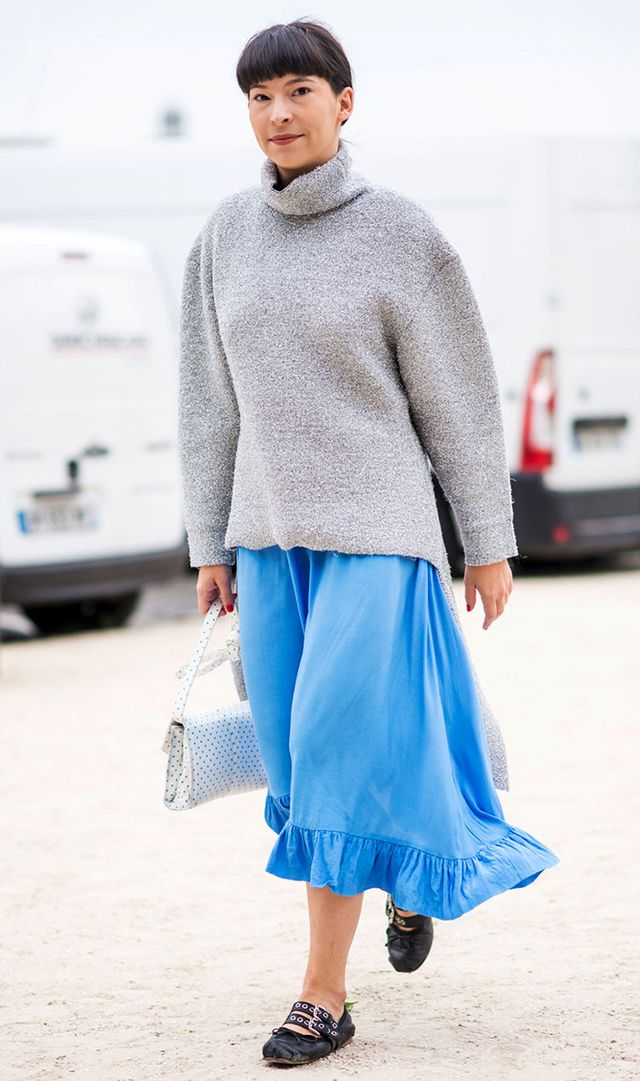 blue skirt and sweater street style