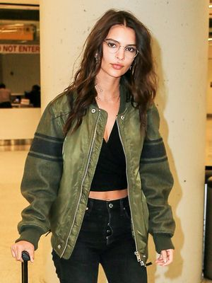 These Jeans Are So Good, Emily Ratajkowski Owns Them in 2 Colors