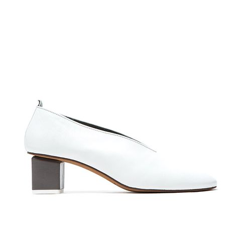Mildred Pump in White