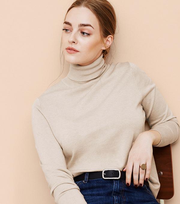 Violeta Turtleneck Sweater