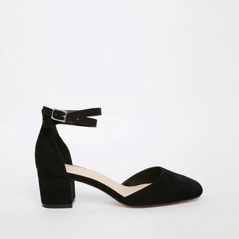 Sighting Heels