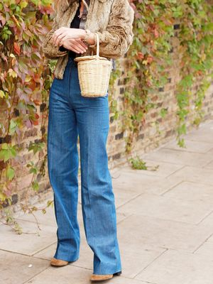 A Transitional Way to Wear Your Favourite Summer Accessory