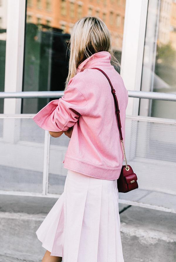 Pleated-Skirt-Street-Style