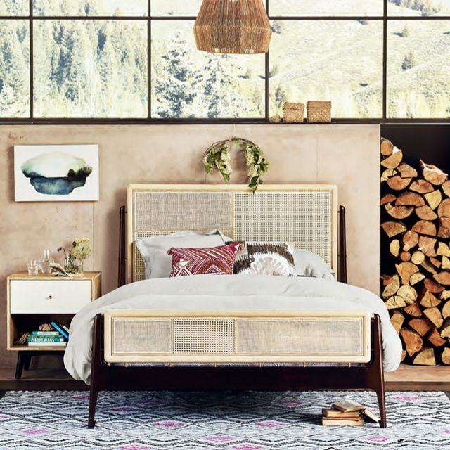 10 Insider Tips an Anthropologie Stylist Knows (and You Don't)