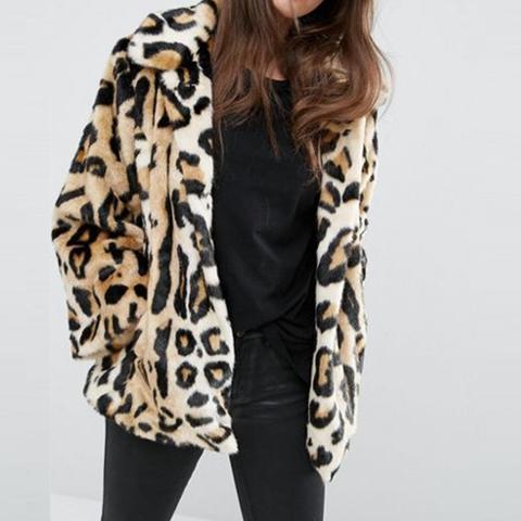 Swing Coat in Leopard Faux Fur