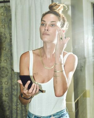 Erin Wasson Reveals the Cult Foundation She Buys From Australia