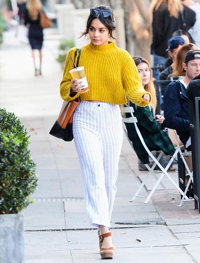 Vanessa Hudgens sweater