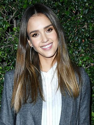 The Travel Pants Jessica Alba Calls as Comfy as Sweatpants