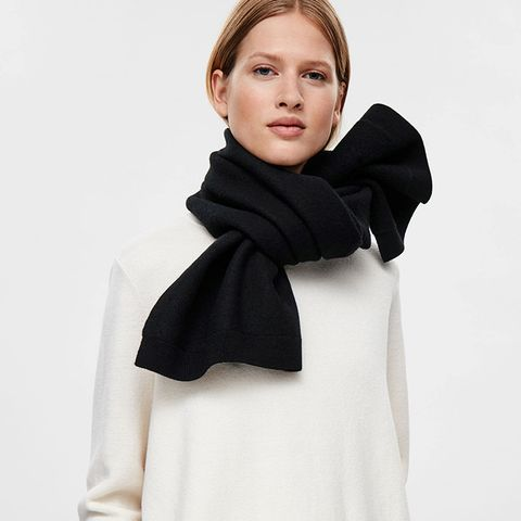 Short Wool Scarf
