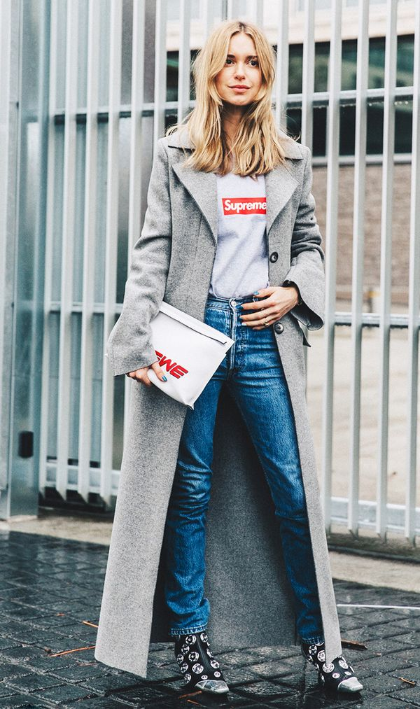 Pernille Teisbaek in jeans and t-shirt street style