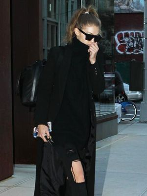 Gigi Hadid Just Wore One of Our Favorite Winter Shoe Trends