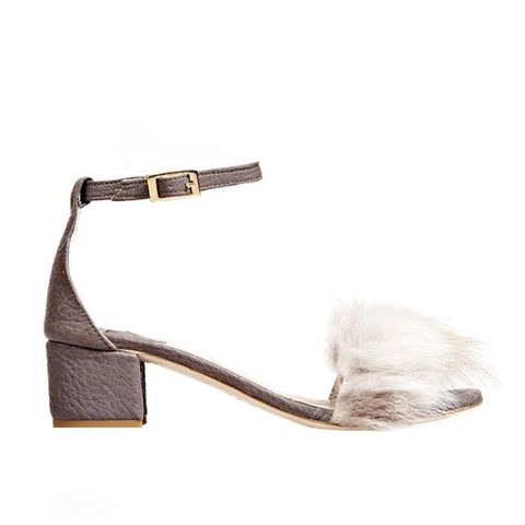 Cloudy Tufted Dhara Sandals