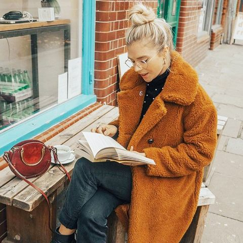 cold-weather outfits: teddy-bear coat and jeans