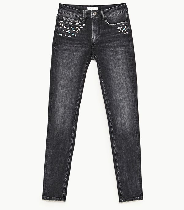 Must-See Spring Street Style Outfits to Bookmark: Zara Mid-Rise Jeans With Pearl Jeans