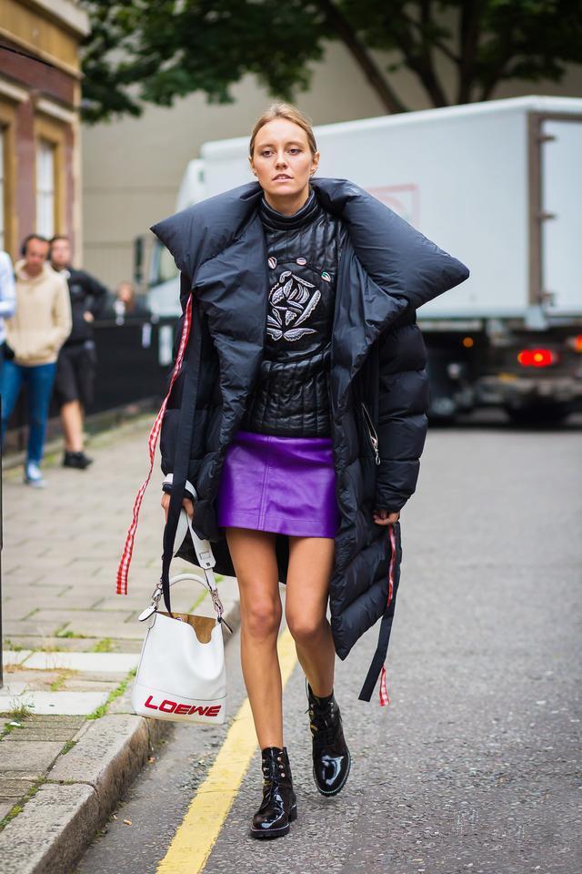 WEAR: Loewe Bag.