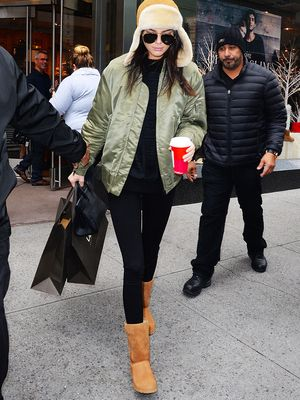 The Best Ways to Wear Leggings and Uggs This Winter