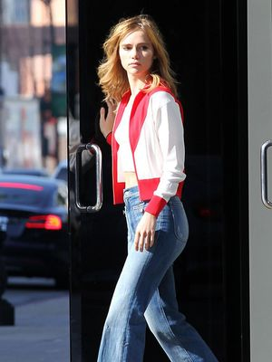 Hurry—Suki Waterhouse's Jeans Are Seriously on Sale