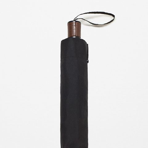 Contrasting Handle Umbrella