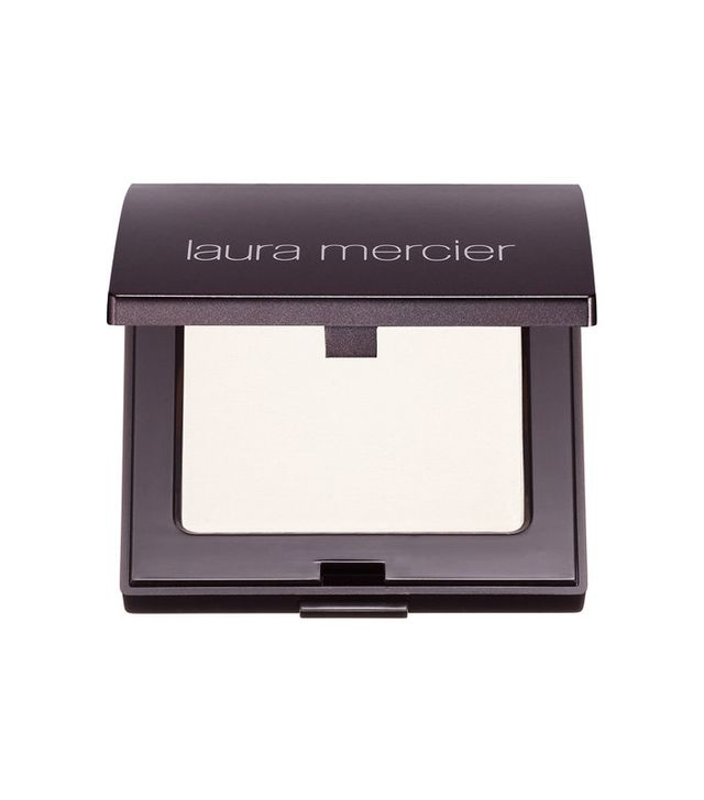 How to apply lipstick: Laura Mercier Pressed Setting Powder