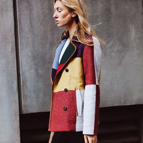 8 Chill Outfits That Look Great With Coats