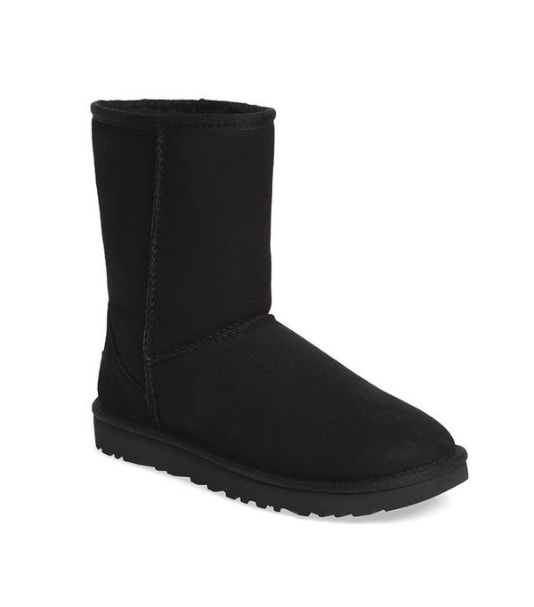 leggings and uggs: Ugg Classic II Genuine Shearling Lined Short Boot