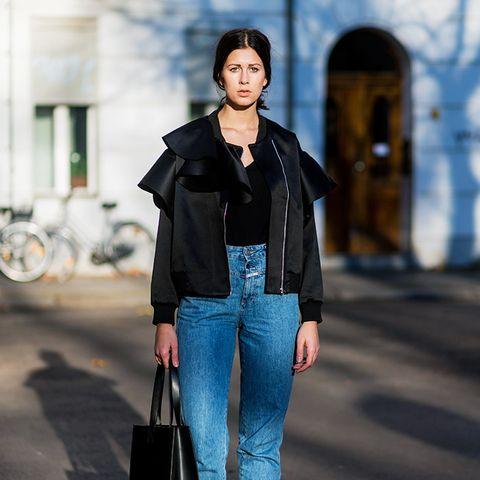 How to wear high-waisted jeans: With a boxy jacket and black ankle boots