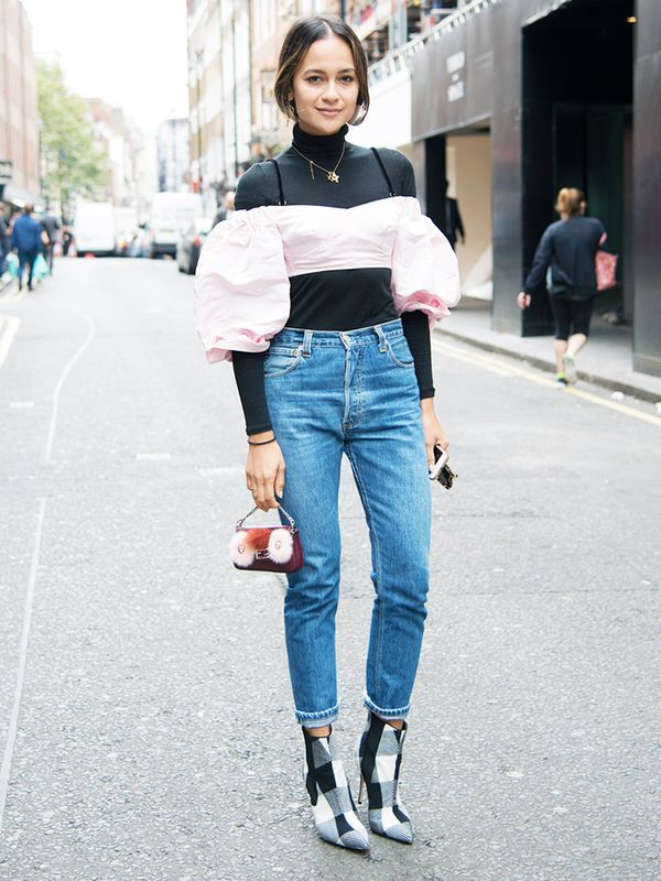 how to wear jeans with a cast