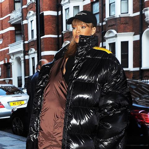 Rihanna puffer jacket: black oversized