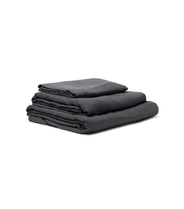 In Bed Queen Linen Sheet Set in Charcoal