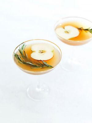 3 Holiday Cocktails That Are Better Than Christmas