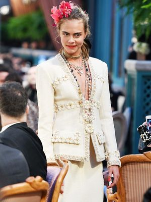 9 Incredible Pictures From the Latest Chanel Show in Paris