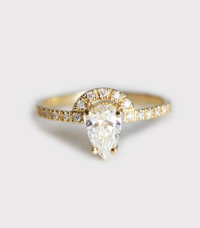Capucinne Pear Diamond Engagement Ring